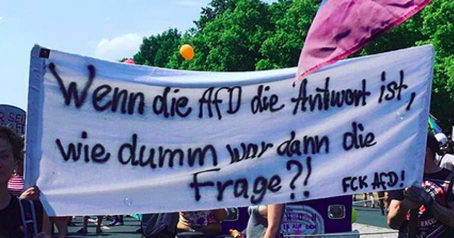 AfD wegbassen: Derbe geil! Bitte mehr davon!